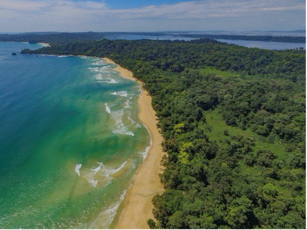 Revista Capital: Panamá, el puente entre dos mares