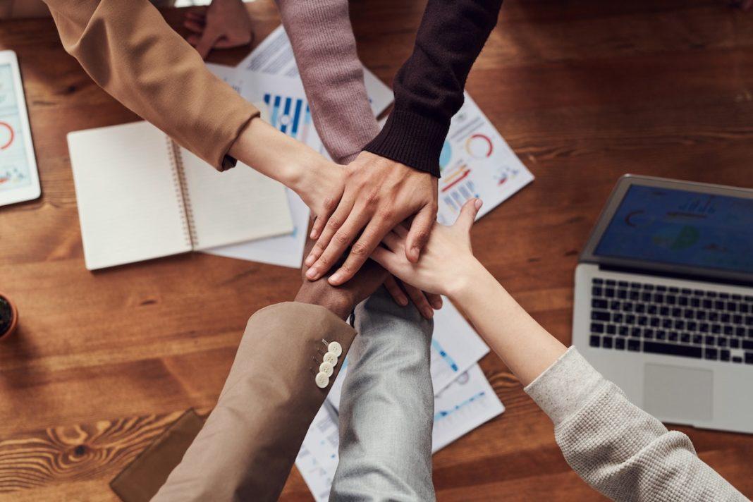 Trabajo en equipo y recuperación económica